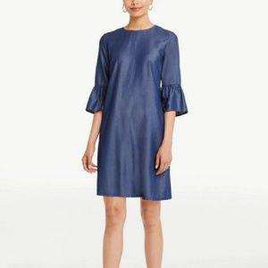 🎉HP🎉NWT Ann Taylor Chambray Bell Cuff Dress